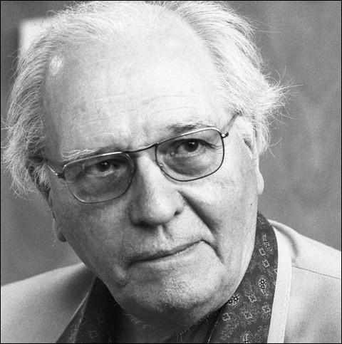 Ce compositeur, organiste et pianiste, dont la foi catholique imprègne toute la musique, c'est ... Messiaen.