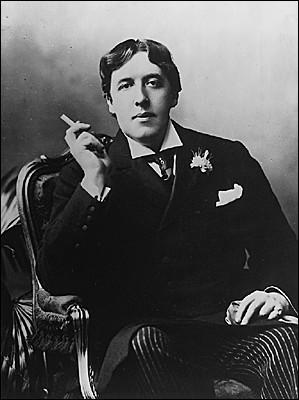 """Cet écrivain, dramaturge et poète irlandais de la fin du XIXe siècle, condamné pour """"grave immoralité"""", auteur des romans et nouvelles """"Le Portrait de Dorian Gray"""" et """"Le Fantôme de Canterville"""", c'est ... Wilde."""