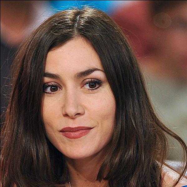 """Cette chanteuse française, qui a connu un grand succès avec son deuxième album, """"La Femme chocolat"""" en 2005, se prénomme ..."""
