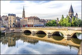 Dans quel département se situe la ville de Metz ?