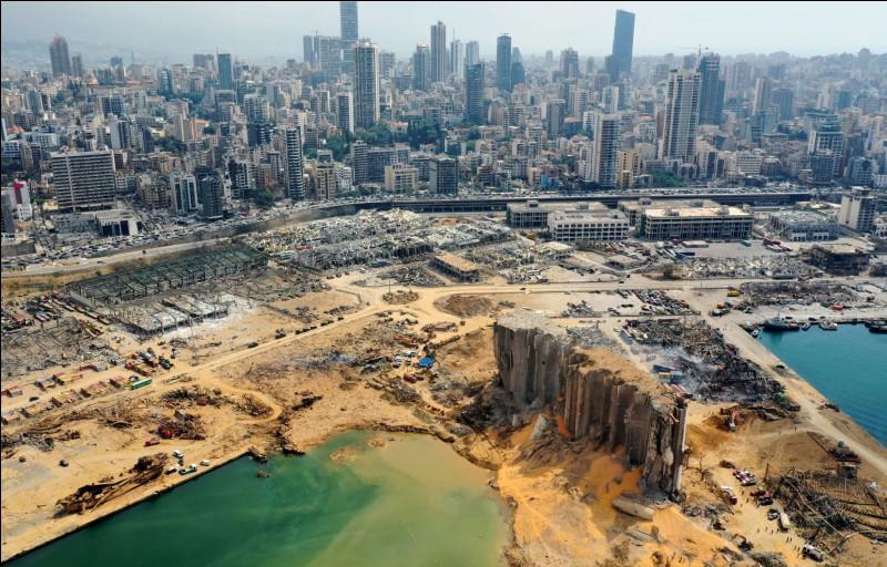 Une grave explosion aurait eu lieu au port de Beyrouth au Liban, plus de 100 morts sont comptés, l'État libanais demande à ses civils de continuer à porter un masque, l'État place la lutte contre la pandémie en 1ère préoccupation.