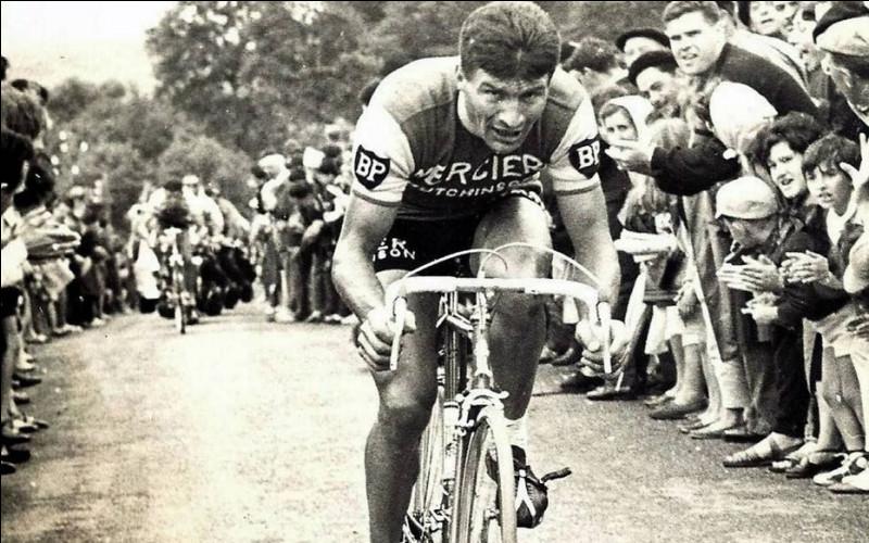 Le cycliste Raymond Poulidor était-il hétérosexuel, bisexuel ou homosexuel ?