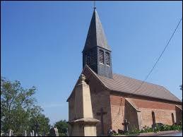 Nous terminons notre balade devant l'église de Villegaudin. Village en Bresse bourguignonne, il se situe dans le département ...