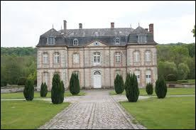 Je vous propose de commencer notre balade dans le Grand-Est, au château de Bergères-sous-Montmirail. Commune de l'arrondissement d'Épernay, elle se situe dans le département ...