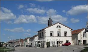 Village du Grand-Est, dans l'agglomération Spinalienne, Fomerey se situe dans le département ...