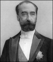 Quel président de la République enterré au Panthéon fut assassiné à Lyon le 25 juin 1894 ?