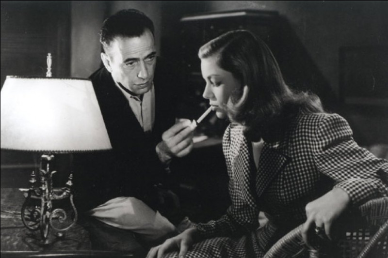 Dans quel film peut-on apercevoir le couple Lauren Bacall et Humphrey Bogart pour la première fois ?