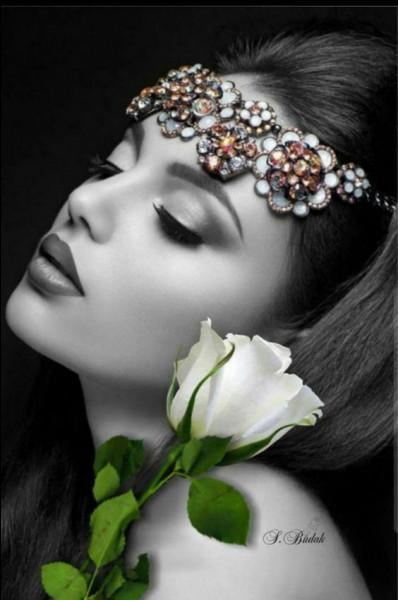 """Quelle marque de cosmétique prend soin de votre peau, assortie du slogan """"Parce que je le vaux bien"""" ?"""