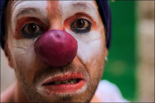 Autrefois clown célèbre, Calvero est à présent vieux et alcoolique !