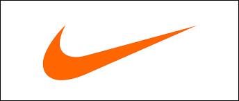 """Le slogan de la marque est """"toujours plus loin""""."""