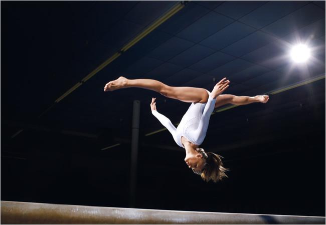 Gymnastique artistique féminine : figures et agrès