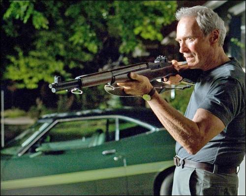 Dans ce même film Clint Eastwood : acteur principal, revient de quelle guerre ?