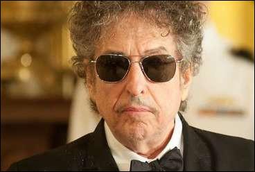 Son nom est Dylan quel est son prénom ?