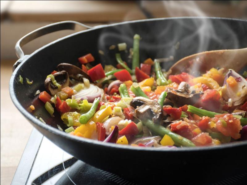 Il faut cuire les aliments pour qu'ils gardent leurs qualités nutritives.
