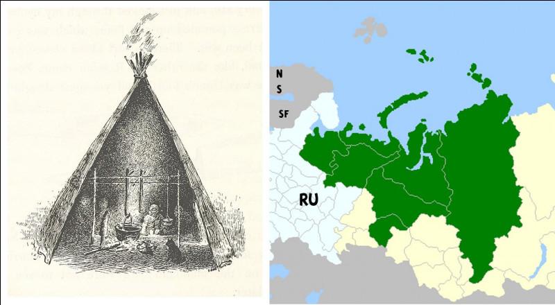 Aux confins nord-est de la Russie d'Europe vivent plusieurs peuples ouraliens, dont les [...]. Partiellement nomades de la toundra, ils construisent des tentes très semblables aux tipis amérindiens, appelés [...]. (Complétez les crochets !)