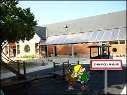 Nous sommes dans le Centre-Val-de-Loire à l'entrée de Saint-Maurice-sur-Fessard. Commune dans la région agricole du Gâtinais pauvre, elle se trouve dans le département numéro ...