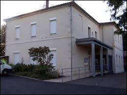 Notre balade dominicale commence dans les Landes de Gascogne, à Argenton. Commune néo-aquitaine, dans l'arrondissement de Marmande, elle se situe dans le département ...