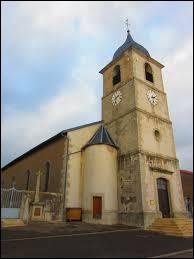 Je vous propose de rester dans le Grand-Est, où je vous attends devant l'église Saint-Gengoulf de Bréhain. Village du Saulnois, dans l'arrondissement de Sarrebourg-Château-Salins, il se trouve dans le département ...