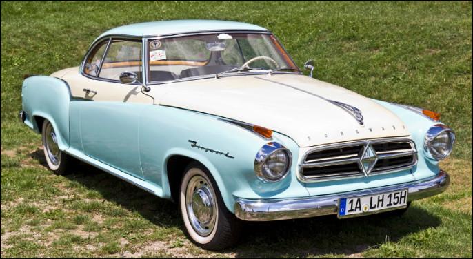 À l'exact opposé de la voiture précédente, celle-ci est la doyenne de ce quiz. Aujourd'hui ce constructeur allemand est oublié du grand public mais je suis là pour vous la faire découvrir ! Saurez-vous me dire le nom de ce modèle ?