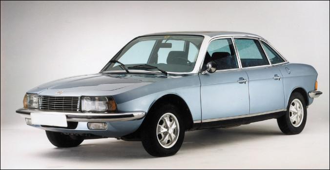 Seule voiture de ce quiz équipée d'un moteur à piston rotatif, son nom indiquait sa vision futuriste et de la technologie qui faisait sa particularité. Pouvez-vous me la nommer ?