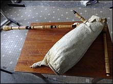Quel est cet instrument de musique occitan à vent, répandu dans l'Aude, l'Hérault, la Haute-Garonne et le Tarn ?