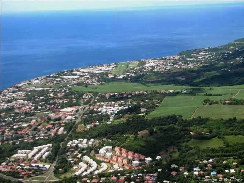 Quelle est la préfecture de la Guadeloupe ?