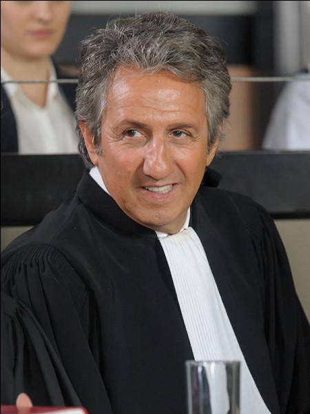 Dans quel téléfilm, diffusé le 11 octobre 2016, l'avocat est joué par Richard Anconina et sa cliente Katya Valle est jouée par Noémie Merlant ?