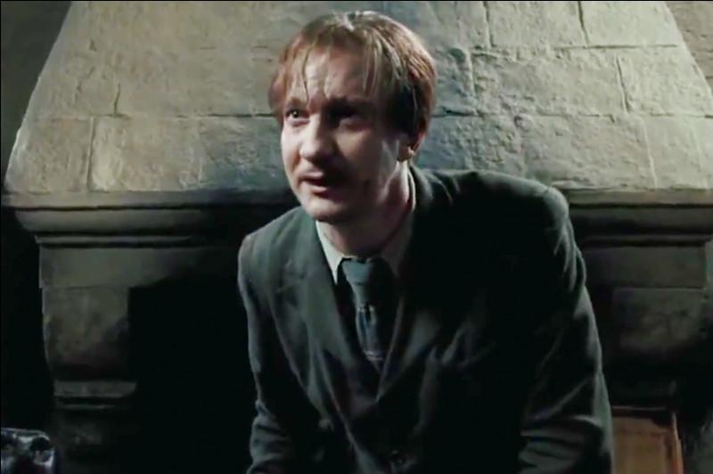 Ensuite, Remus démissionne, mais pourquoi ?