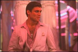 """Ce personnage de """"Scarface"""" vous emmènera doucement vers la bonne réponse :"""
