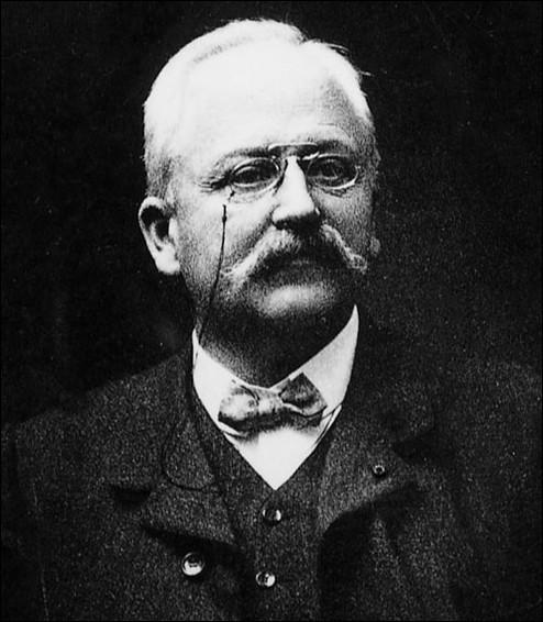 Son nom est Peugeot, quel est le prénom de ce fondateur en 1889 de sa marque automobile ?