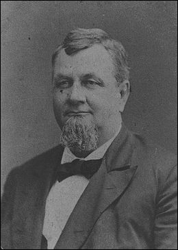 Son nom est Hotchkiss, quel est le prénom de ce fondateur en 1903 de sa marque automobile ?
