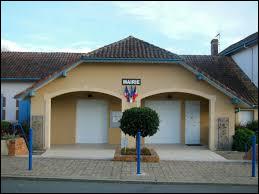 Commune néo-aquitaine, dans le vignoble de Tursan, Montsoué se situe dans le département ...
