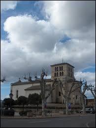 Ville d'Auvergne-Rhône-Alpes, dans le Beaujolais, Saint-Georges-de-Reneins se situe dans le département ...
