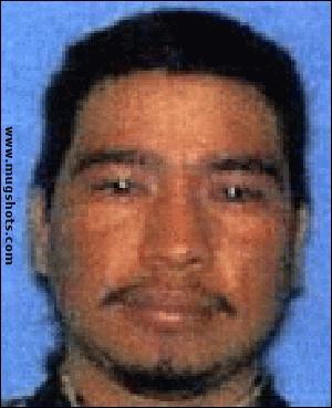 J'ai tué une mère et ses deux enfants retrouvés brûler dans une voiture. 100 000 $ pour mon arrestation. Qui suis-je ?