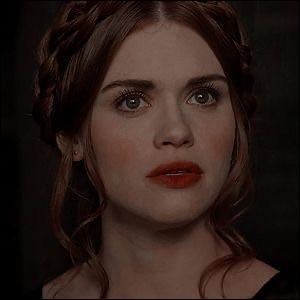 Lydia est...