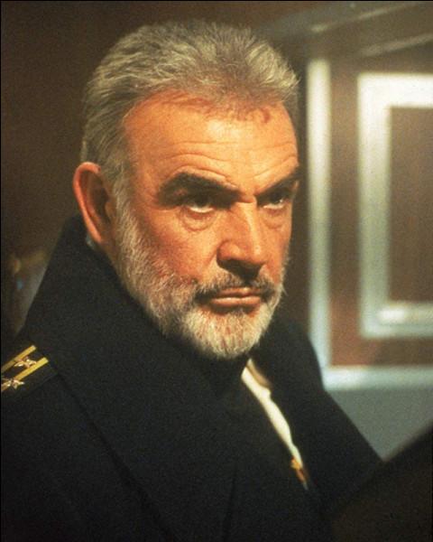 Dans quel film, sorti en 1990, est-il le capitaine Marko Ramius ?