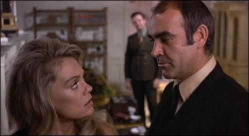 """Dans cet autre film de Lumet, il est """"Duke"""", cambrioleur sorti d'une peine de dix ans de prison, qui retrouve sa maîtresse et reforme un gang avec l'aide d'un homme d'affaires baignant dans la mafia : c'est ..."""