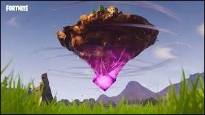 En quelle saison apparaît le cube ?