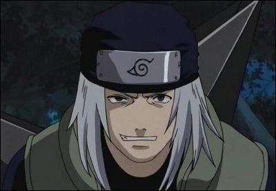Il incite Naruto à voler le rouleau des techniques interdites :