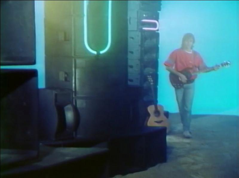Du clip de quelle chanson cette image est-elle tirée ?