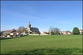 Ancienne commune Tarnaise , Bellegarde se situe en région...