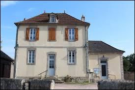 Village Saône-et-Loirien, Saint-Nizier-sur-Arroux se situe dans l'ex région ...
