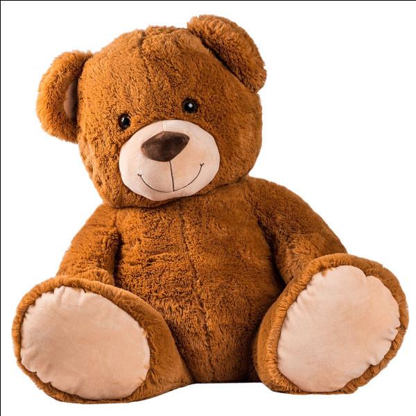 Un ours en peluche géant coûte 25 € avec une réduction de 15 %.Quel est le montant final pour l'ours en peluche géant ?