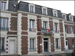 Nous sommes en Île-de-France, à Avon. Ville de l'agglomération Bellifontaine, elle se trouve dans le département ...