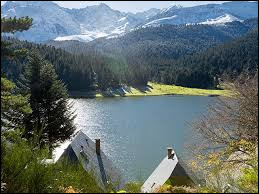 Le lac de Payolle se situe dans le département des Vosges.