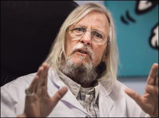 Qui est ce Didier, médecin spécialiste des maladies infectieuses, connu pour son franc-parler, sa notoriété médiatique et ses positions médicales iconoclastes ?