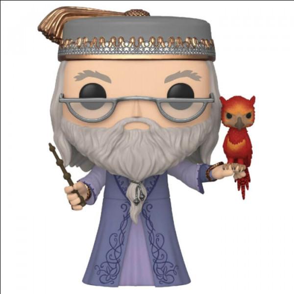 Quel est le nom du phénix d'Albus Dumbledore ?