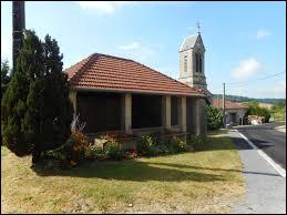 Les Trois-Domaines est un village Meusien situé en région ...