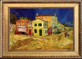 """Dans quelle ville van Gogh a-t-il habité sa célèbre """"maison jaune"""" ?"""