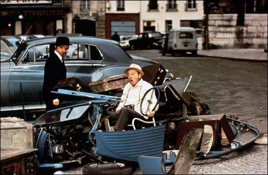 """Dans le film """"Le Corniaud"""" quels sont les véhicules, conduits par de Funès et Bourvil, qui entrent en collision ?"""